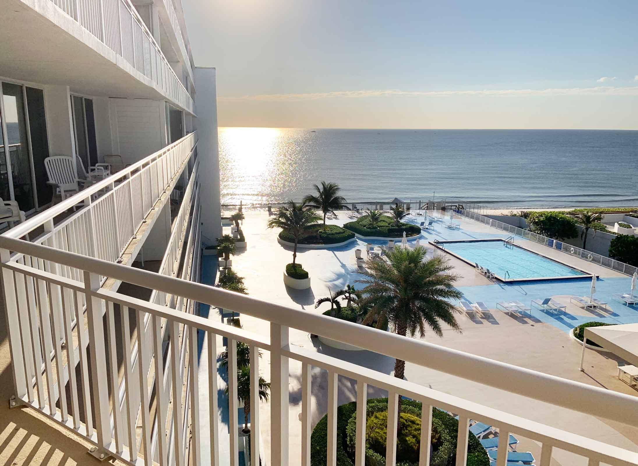 3546 Ocean Boulevard, South Palm Beach, Florida 33480, 3 Bedrooms Bedrooms, ,2.1 BathroomsBathrooms,Condo/Coop,For Sale,Barclay,Ocean,7,RX-10515600