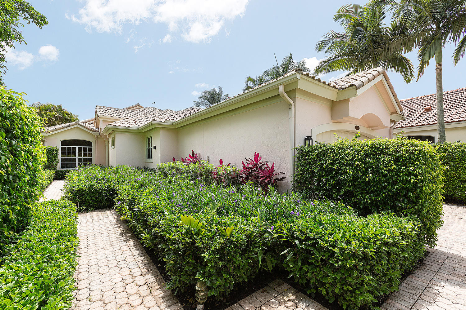 12456 Mallet Circle, Wellington, Florida 33414, 2 Bedrooms Bedrooms, ,2.1 BathroomsBathrooms,Single Family,For Rent,Palm Beach Polo and Country Club,Mallet,1,RX-10516260