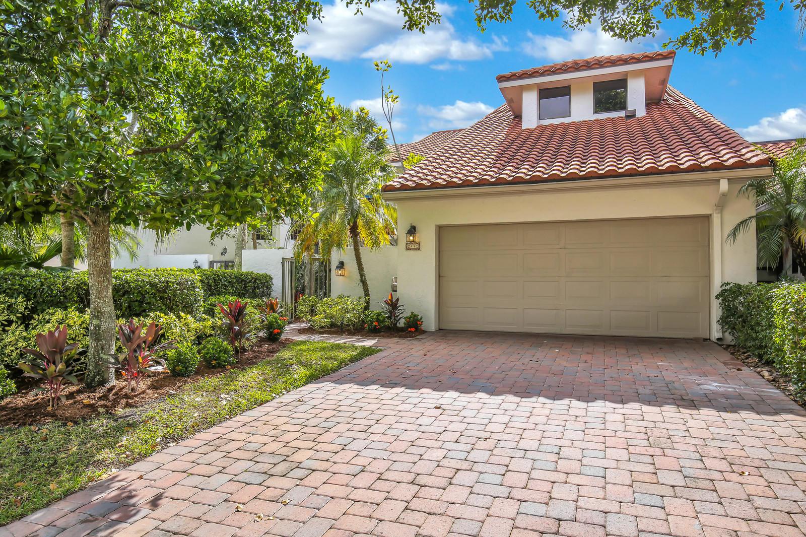 2442 Windsor Way, Wellington, Florida 33414, 3 Bedrooms Bedrooms, ,4.1 BathroomsBathrooms,Townhouse,For Rent,Windsor,1,RX-10516275