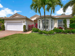 455 Pine Tree Court, Atlantis, FL 33462