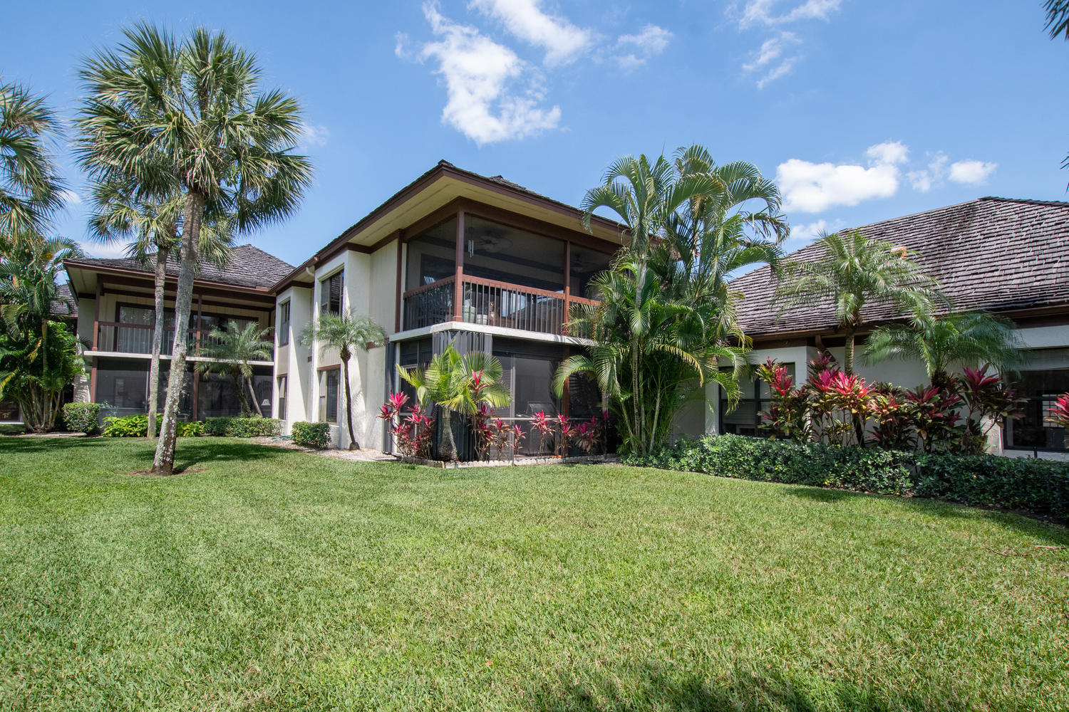 Wellington- Florida 33414, 3 Bedrooms Bedrooms, ,3 BathroomsBathrooms,Residential,For Sale,Polo,RX-10516390