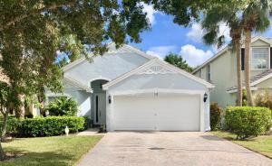 122 Canterbury Place, Royal Palm Beach, FL 33414