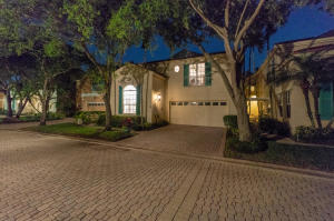 9 Via Verona, Palm Beach Gardens, FL 33418