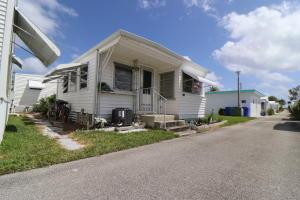 21 Hibiscus Drive, I, Briny Breezes, FL 33435