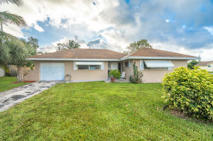 7900 E Country Club Boulevard, Boca Raton, FL 33487