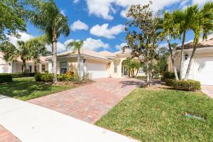 8927 Oldham Way, Palm Beach Gardens, FL 33412