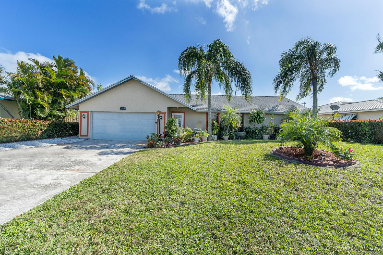 4170 County Line Road Tequesta FL 33469