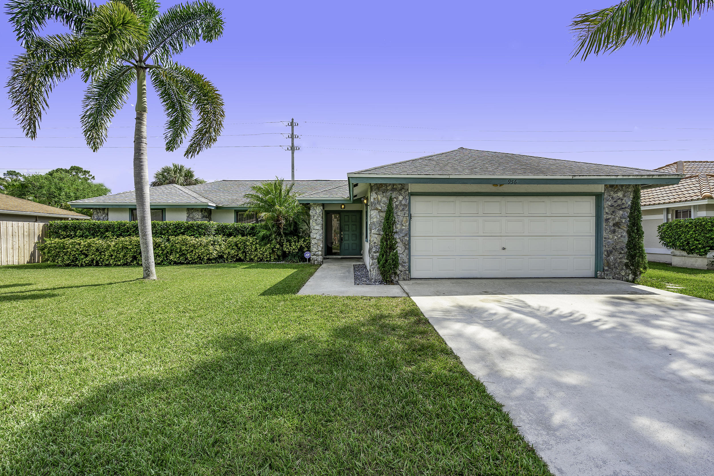 Wellington- Florida 33414, 3 Bedrooms Bedrooms, ,2 BathroomsBathrooms,Residential,For Sale,Sage,RX-10517258