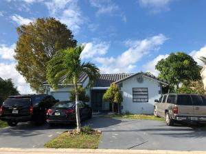 5857 Strawberry Lakes Circle, Lake Worth, FL 33463