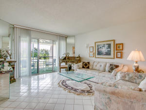 3959 Via Poinciana, 605, Lake Worth, FL 33467
