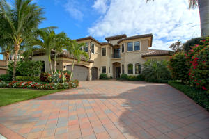 8426 Eagleville Avenue, Delray Beach, FL 33446