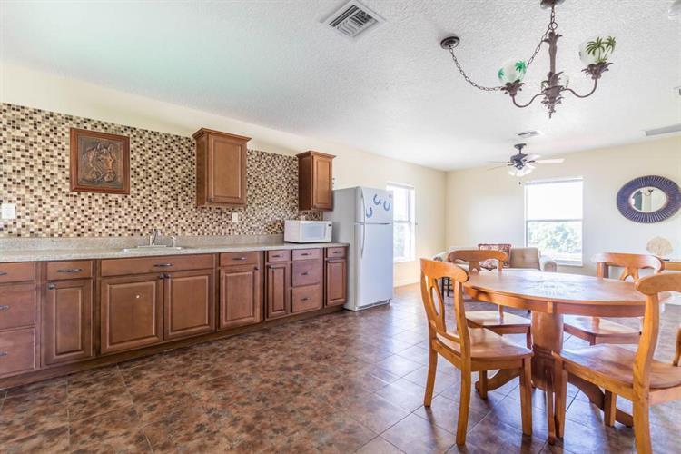 15330 Ocean Breeze Lane- Wellington- Florida 33414, 2 Bedrooms Bedrooms, ,1 BathroomBathrooms,Apartment,For Rent,Ocean Breeze,2,RX-10517483