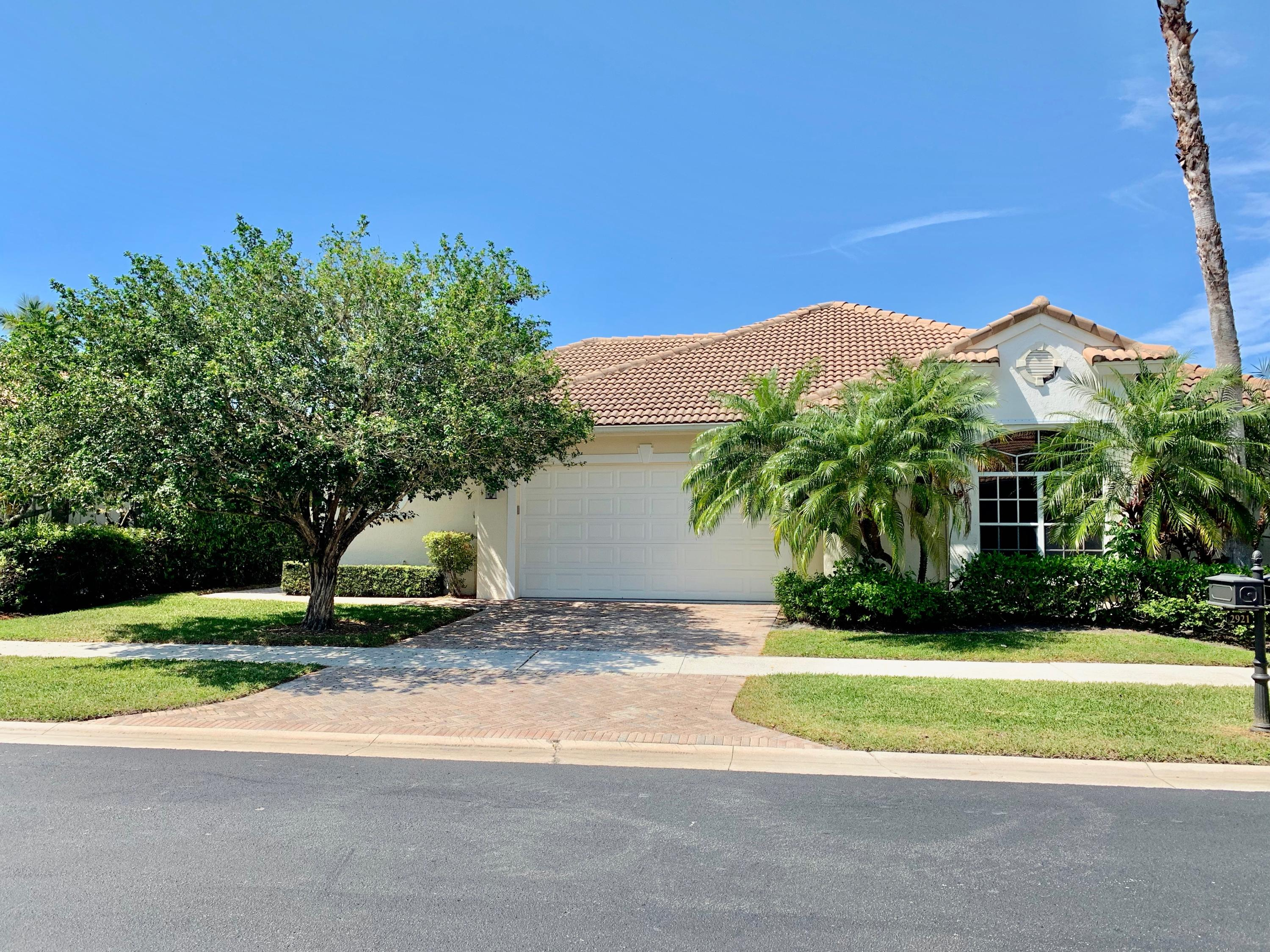 2921 Twin Oaks Way, Wellington, Florida 33414, 3 Bedrooms Bedrooms, ,3 BathroomsBathrooms,Villa,For Rent,PALM BEACH POLO,Twin Oaks,RX-10517883