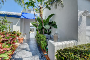 3695 Mykonos Court, Boca Raton, FL 33487