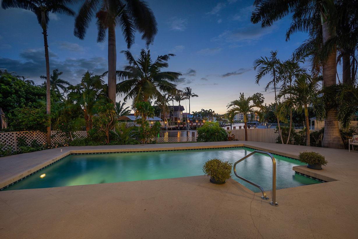27 Hibiscus Way, Ocean Ridge, Florida 33435, 3 Bedrooms Bedrooms, ,3 BathroomsBathrooms,Single Family,For Sale,Ocean Ridge,Hibiscus,RX-10518183