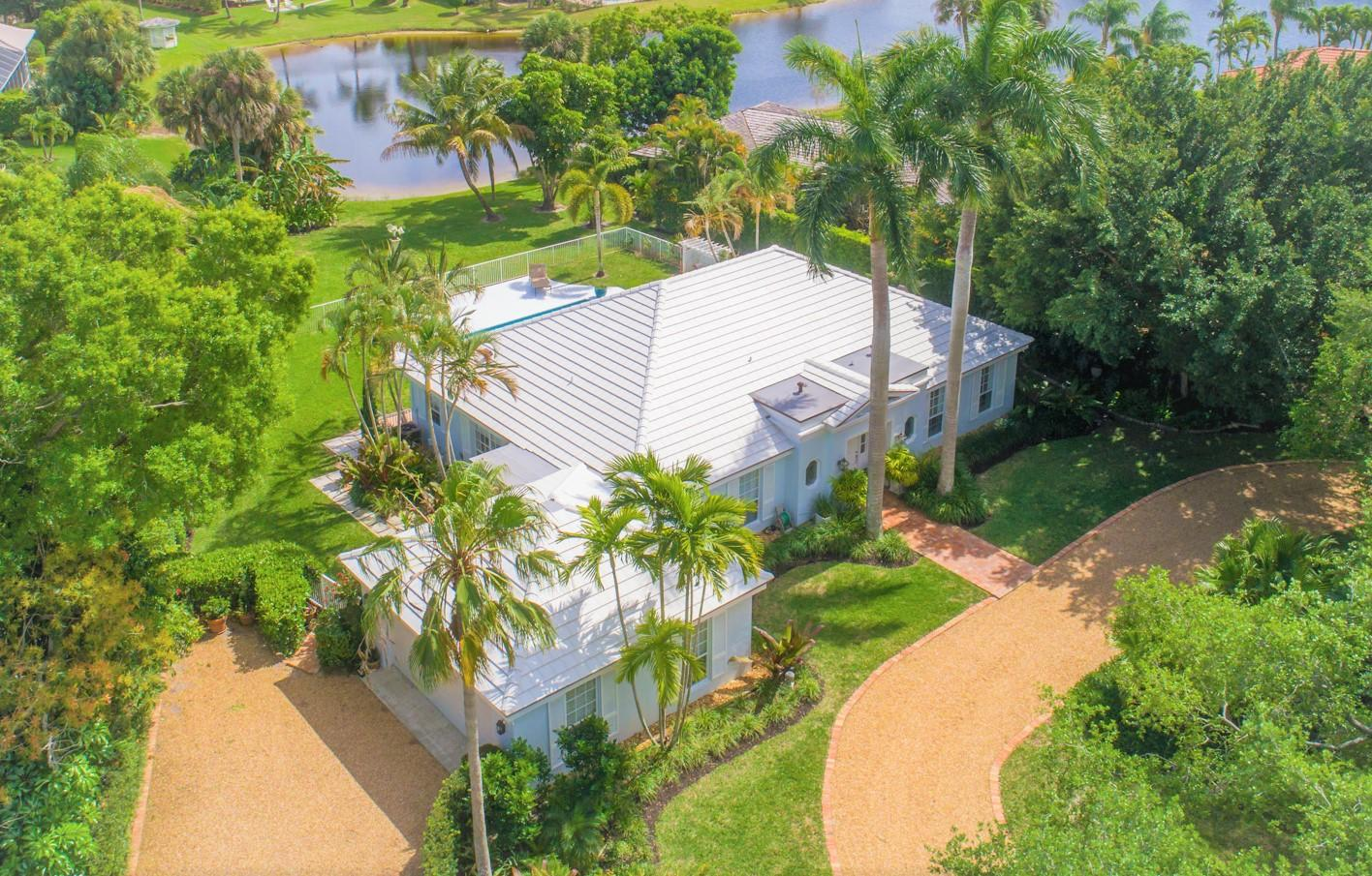 10182 Se Acorn Way Tequesta FL 33469