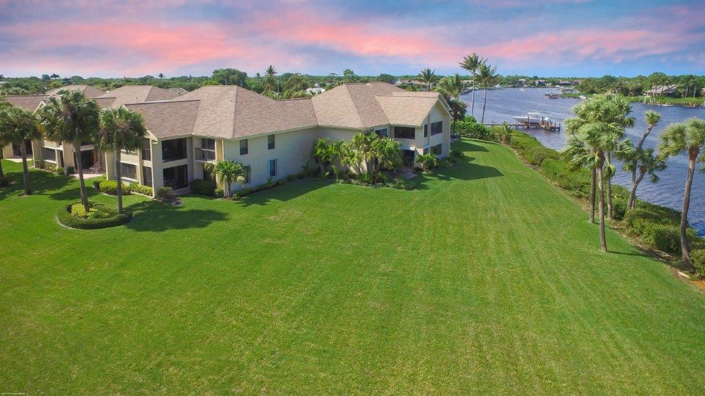 19149 Se Sea Turtle Court Tequesta FL 33469
