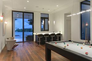 Club Room/Game Room