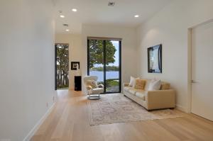 Guest Suite- Main Level