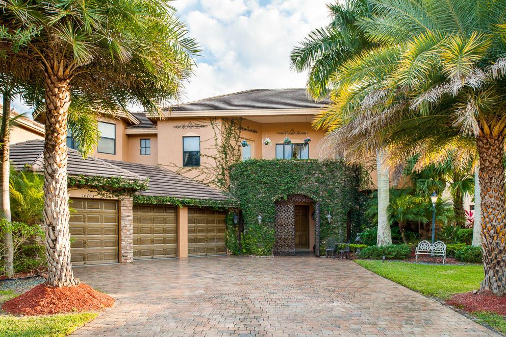 10703 Versailles Boulevard, Wellington, Florida 33449, 6 Bedrooms Bedrooms, ,4.1 BathroomsBathrooms,Single Family,For Sale,Versailles,1,RX-10518706