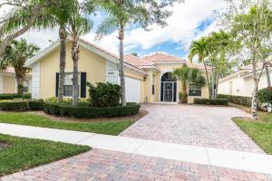 8935 Oldham Way, Palm Beach Gardens, FL 33412