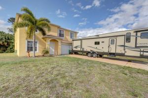 1069 SW Jericho Avenue, Port Saint Lucie, FL 34953