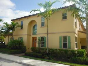 4572 Mediterranean Court, Palm Beach Gardens, FL 33418