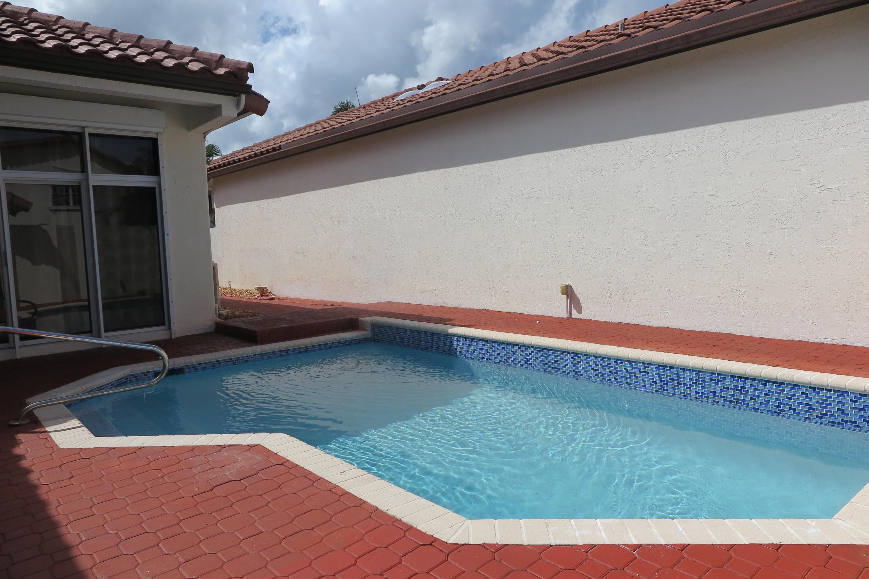 23180 Via Stel Boca Raton, FL 33433