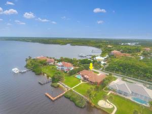 12188 SE Riverbend Lane, Port Saint Lucie, FL 34984