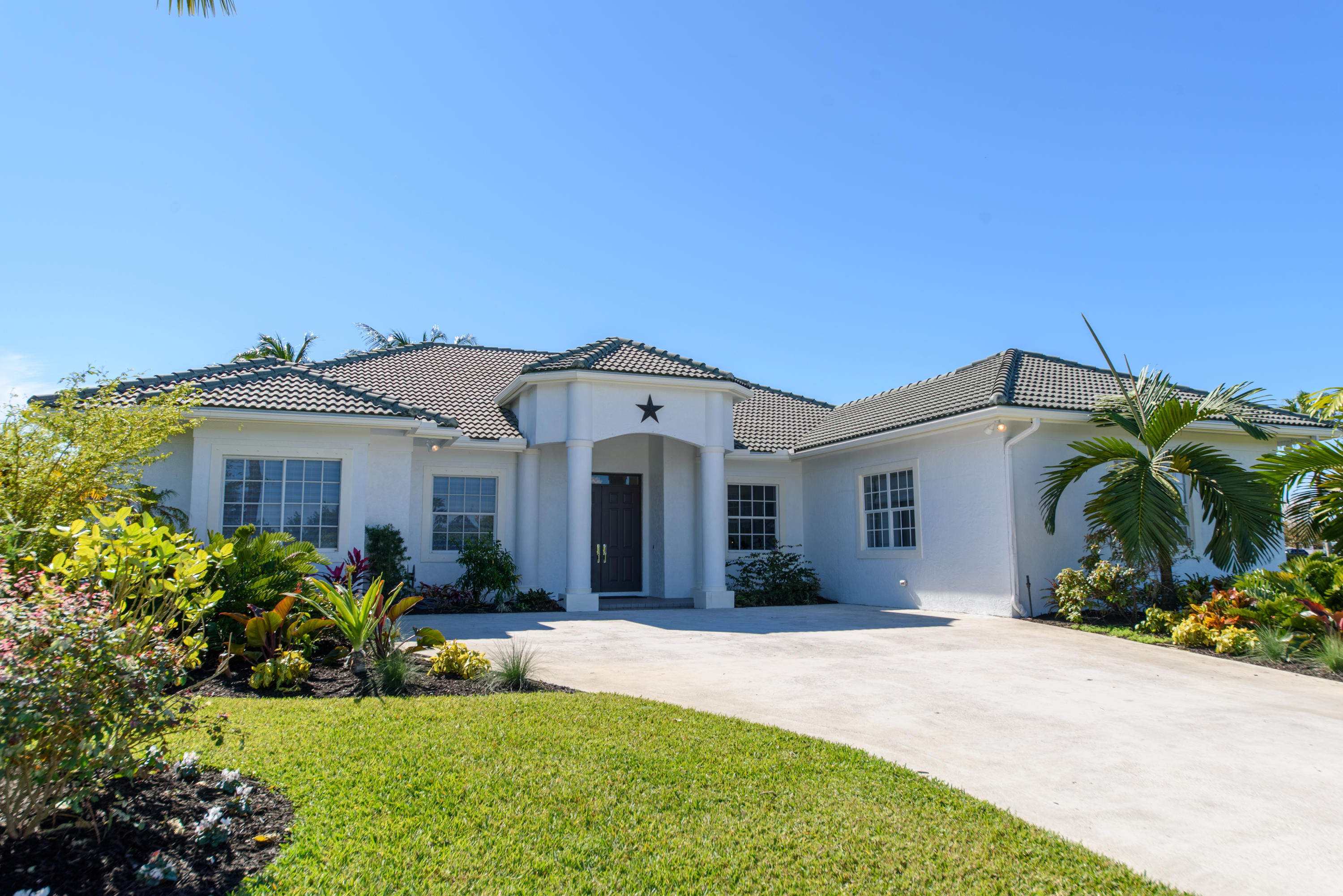 13200 Southfields Road, Wellington, Florida 33414, 4 Bedrooms Bedrooms, ,3 BathroomsBathrooms,Single Family,For Rent,Southfields 2,Southfields,13200,RX-10519372