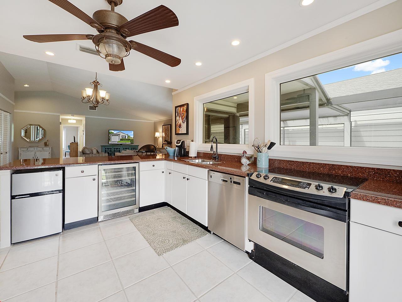 Wellington- Florida 33414, 3 Bedrooms Bedrooms, ,2 BathroomsBathrooms,Residential,For Sale,Bedford Mews,RX-10519574