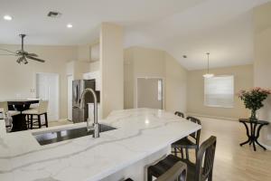 7069 Del Corso Lane, Delray Beach, FL 33446