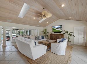 2344 Bay Village Court, Palm Beach Gardens, FL 33410