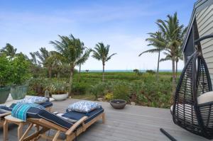 Roof top terrace with ocean breezes