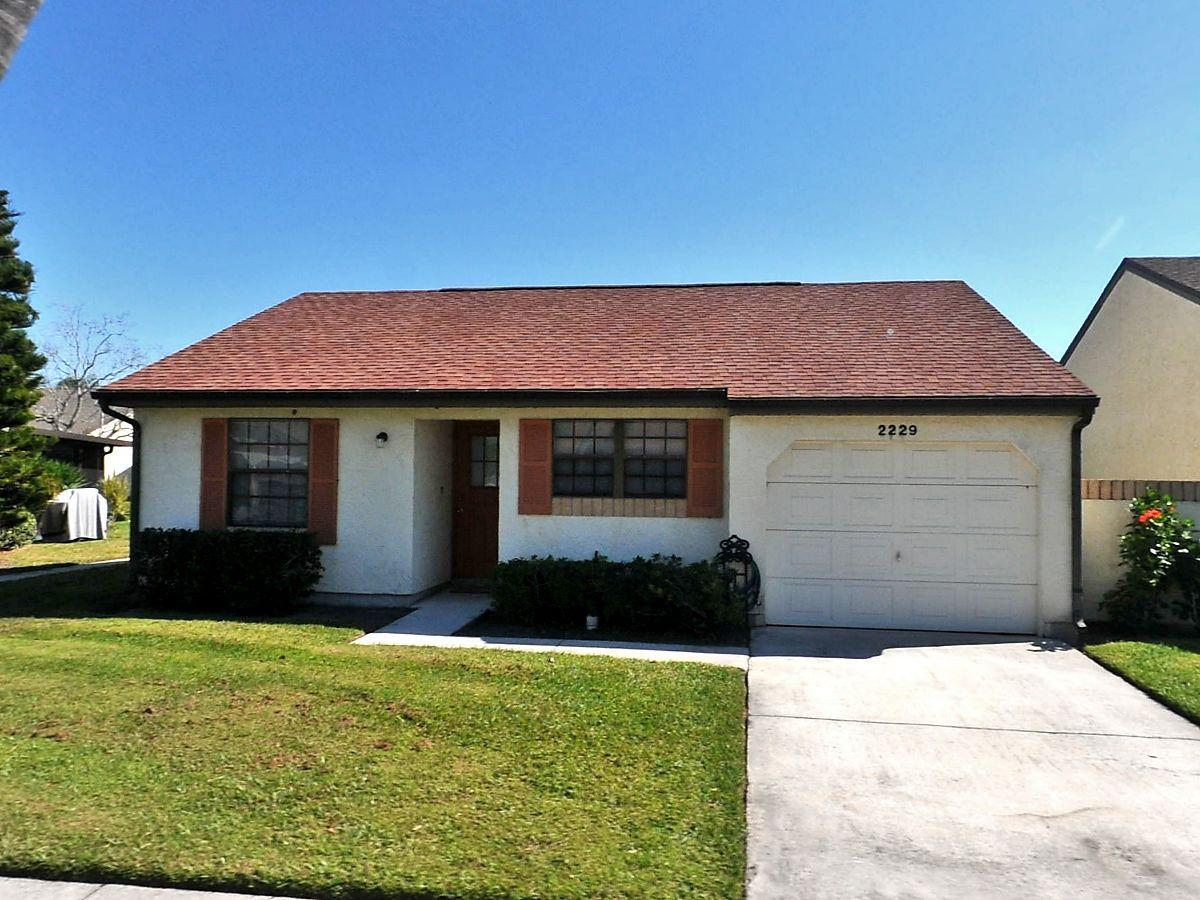 2229 Breckenridge Circle, Port Saint Lucie, Florida 34952, 2 Bedrooms Bedrooms, ,1 BathroomBathrooms,Single Family,For Sale,Breckenridge,RX-10520394