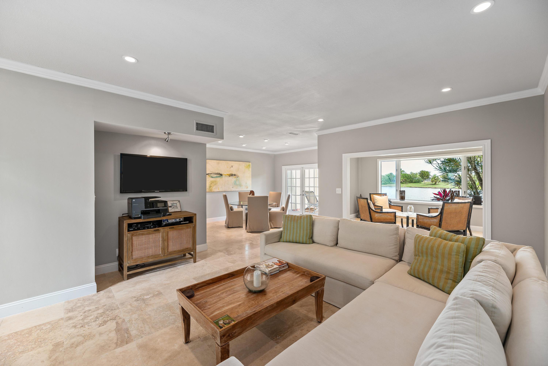 Wellington- Florida 33414, 2 Bedrooms Bedrooms, ,2 BathroomsBathrooms,Residential,For Sale,Muirfield,RX-10520804