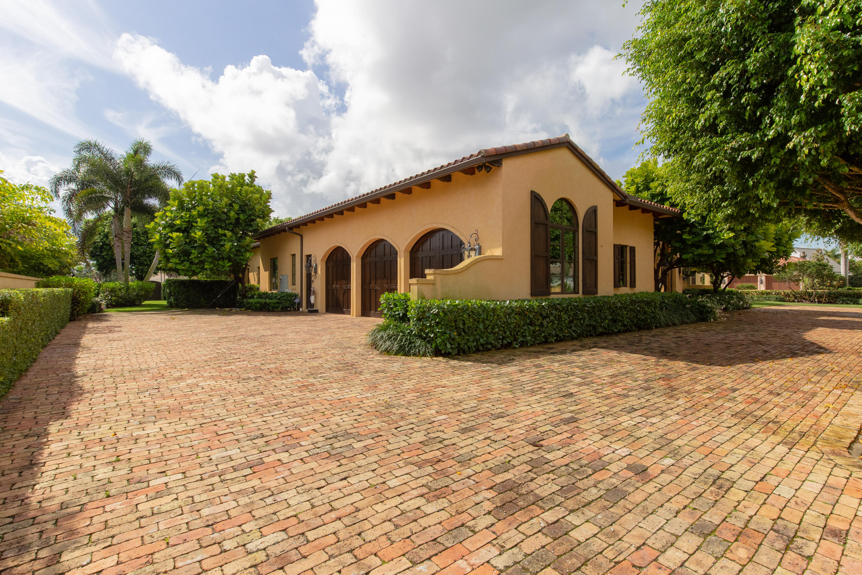 12446 Cypress Island Way, Wellington, Florida 33414, 4 Bedrooms Bedrooms, ,6.1 BathroomsBathrooms,Single Family,For Sale,Palm Beach Polo & CC,Cypress Island,RX-10520643