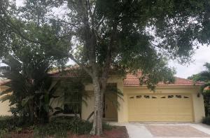 3040 Casa Rio Court, Riviera Beach, FL 33418