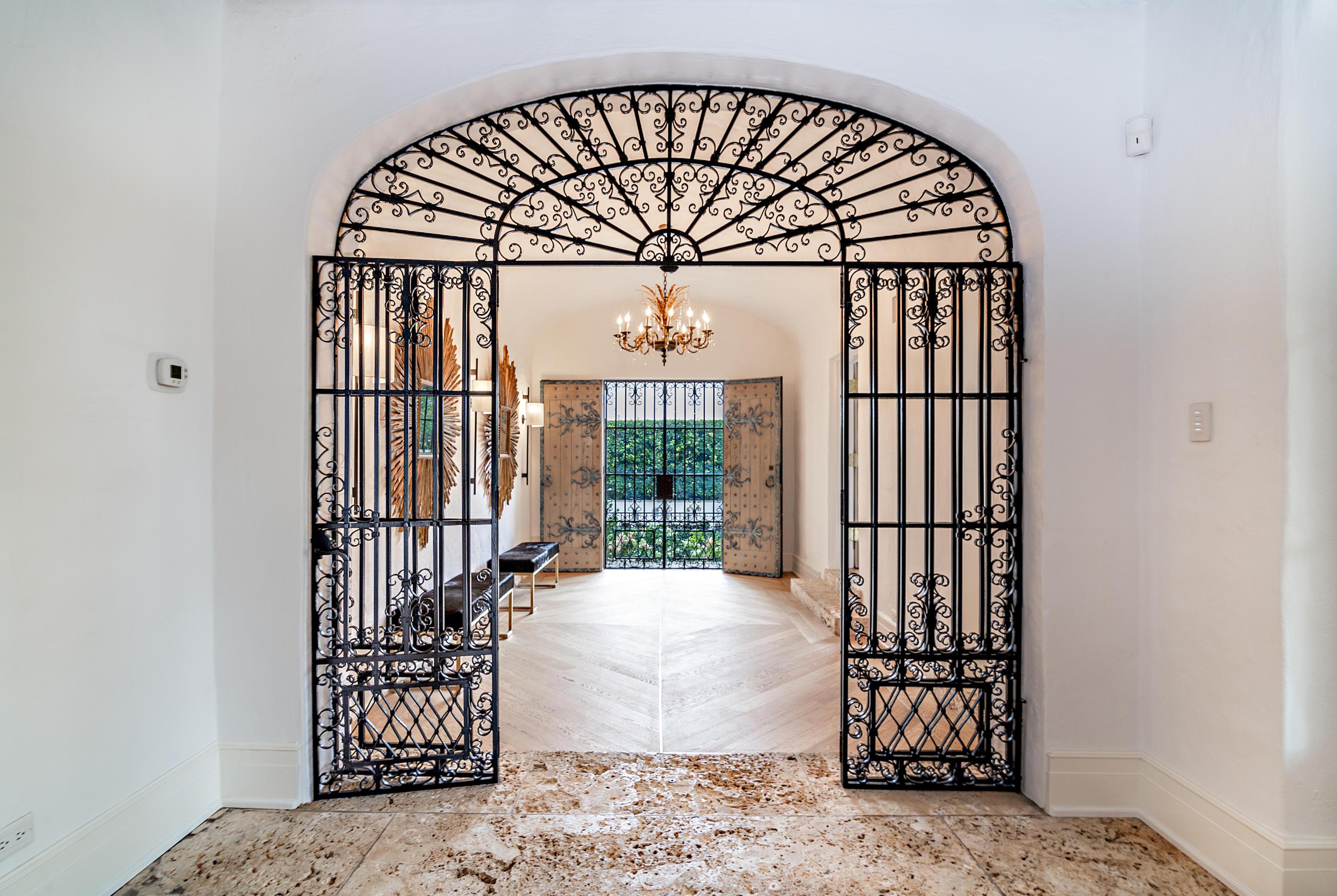 Palm Beach- Florida 33480, 8 Bedrooms Bedrooms, ,9 BathroomsBathrooms,Residential,For Sale,Via Del Lago,RX-10520573