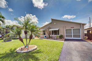5606 Mirror Lakes Boulevard, Boynton Beach, FL 33472