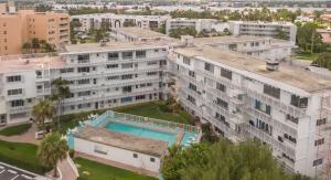 3500 S Ocean Boulevard, 220, Palm Beach, FL 33480