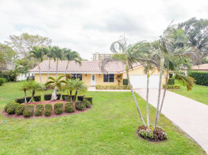 Property for sale at 3100 Estates Drive, Pompano Beach,  Florida 33069