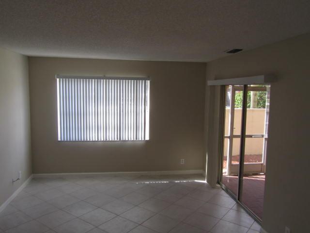6695 Via Regina Boca Raton, FL 33433