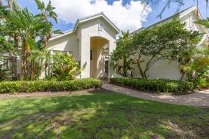 750 Pine Chase Court, Wellington, FL 33414