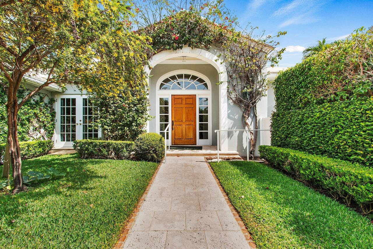 255 Ridgeview Drive, Palm Beach, Florida 33480, 5 Bedrooms Bedrooms, ,5.1 BathroomsBathrooms,Single Family,For Sale,Ridgeview,RX-10521328