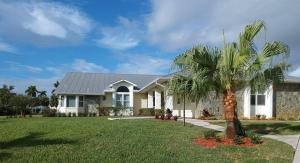 2558 NW Wide River Cove, Stuart, FL 34994