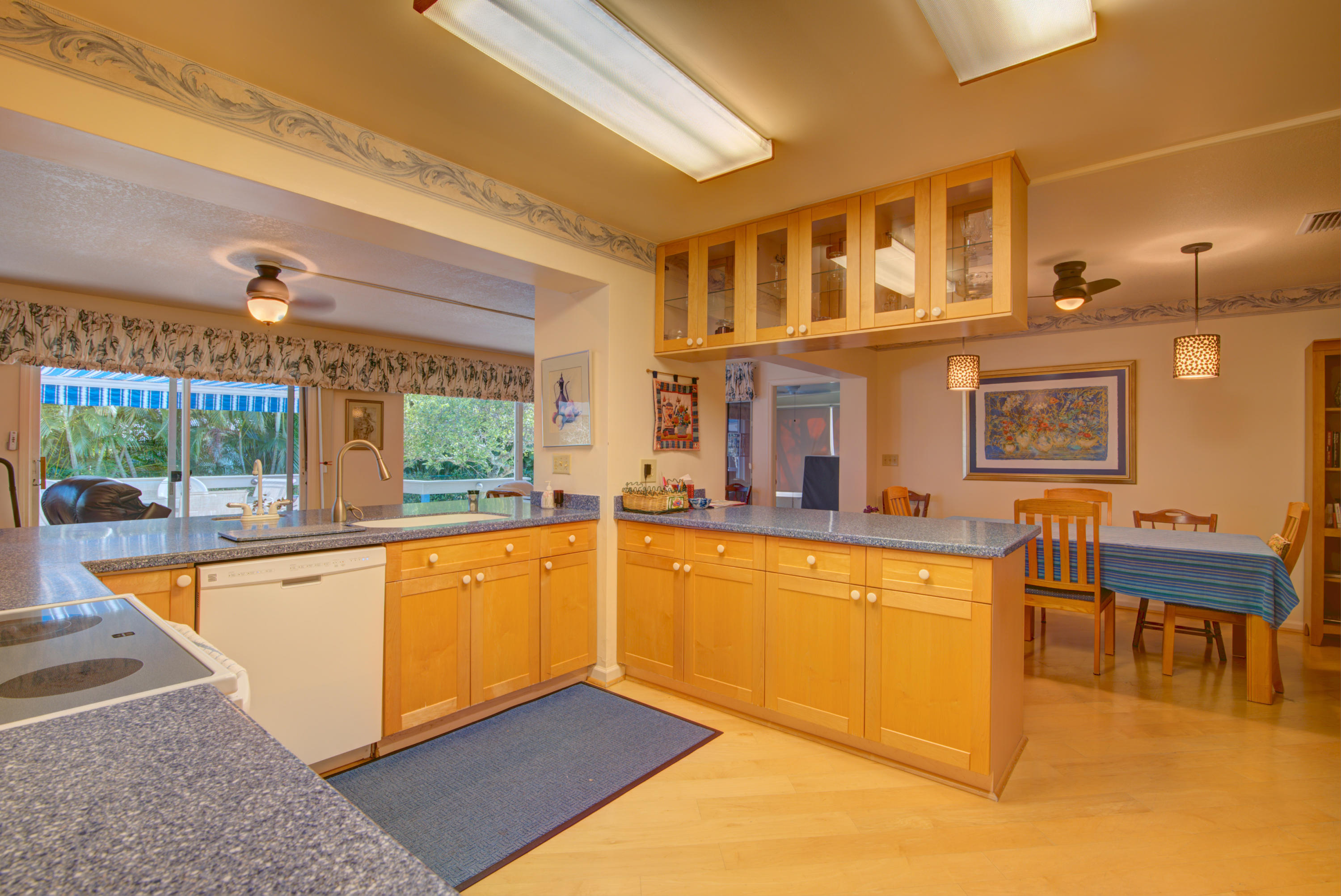 Image 30 For 9842 Little Club Way Se