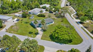 8415 SE Boxwood Lane, Hobe Sound, FL 33455