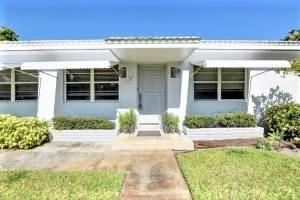 2209 East Pineridge Court, Delray Beach, FL 33444