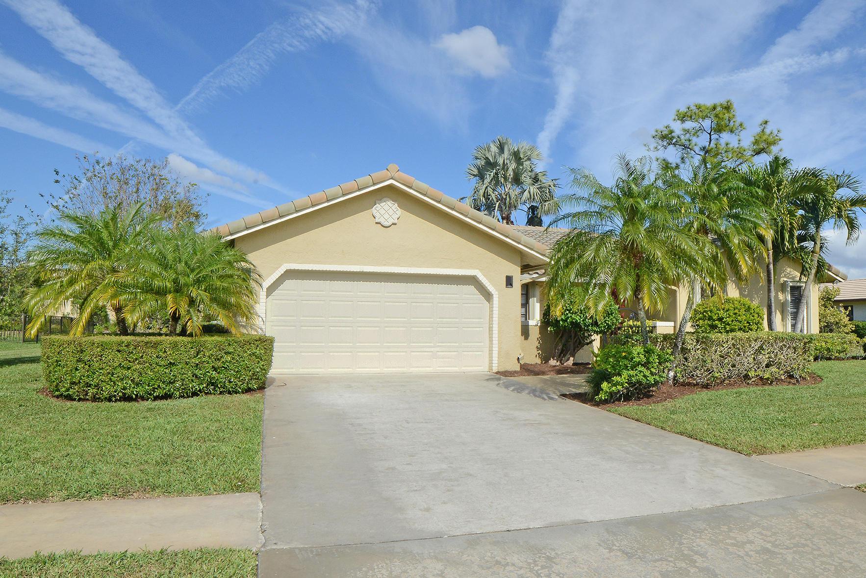 9053 Old Pine Road Boca Raton, FL 33428
